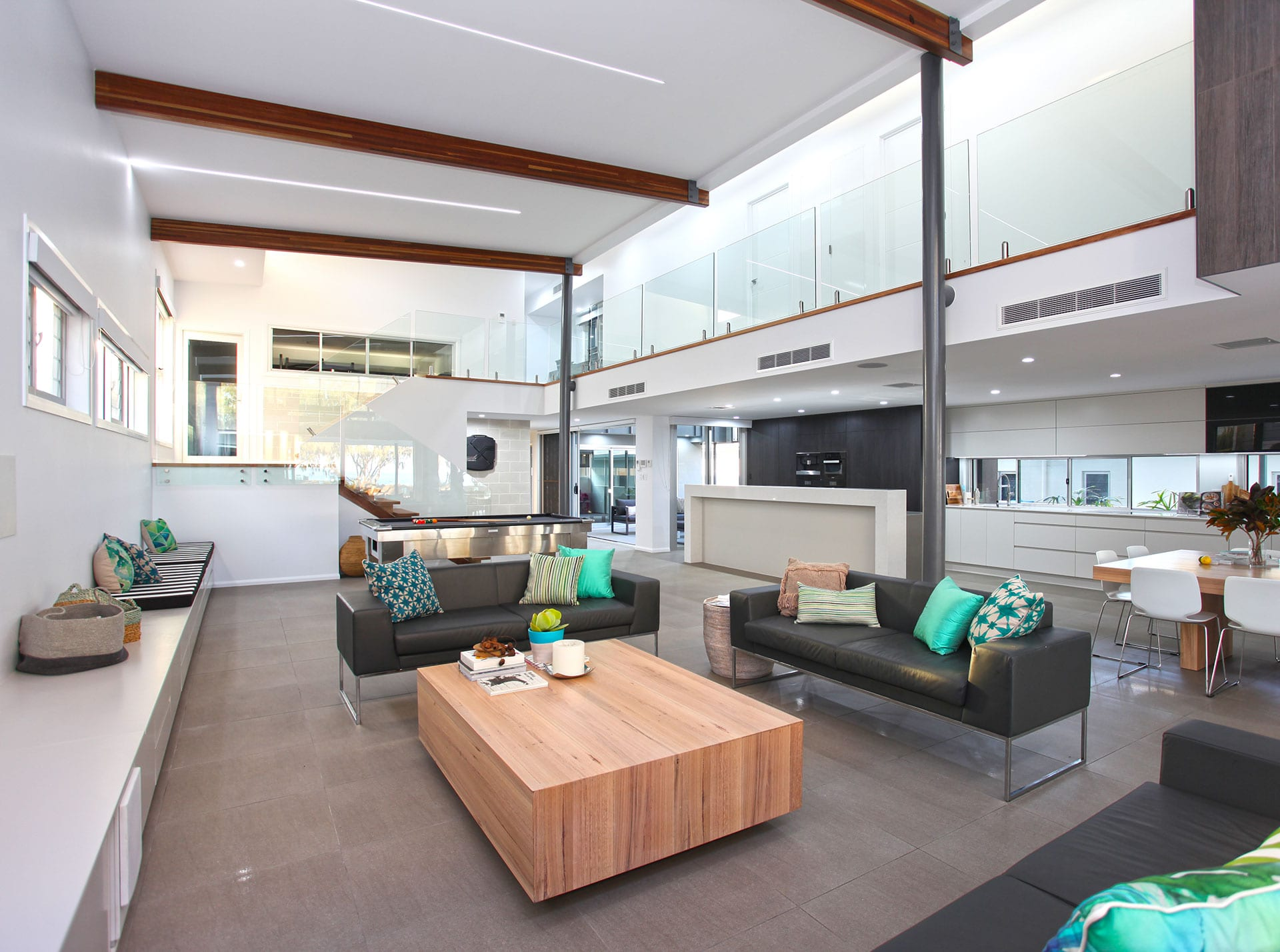 East Point Drive, Open plan living