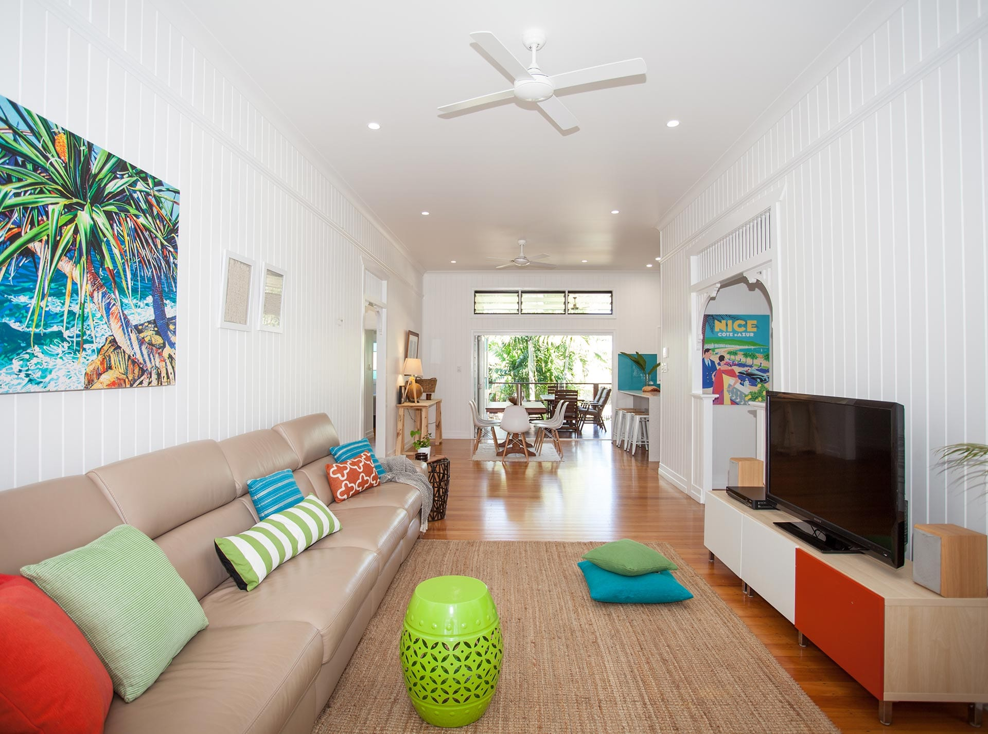 Hinton Street lounge