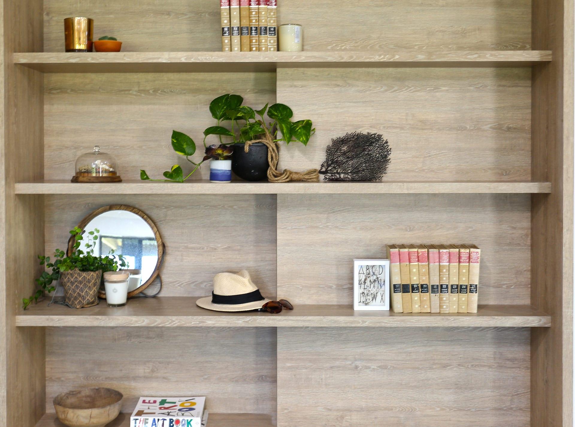 Orkabie book shelf